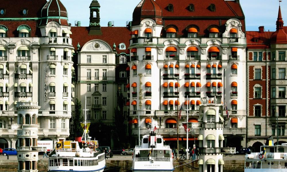 Ships replaced with public buildings – Strandvägen