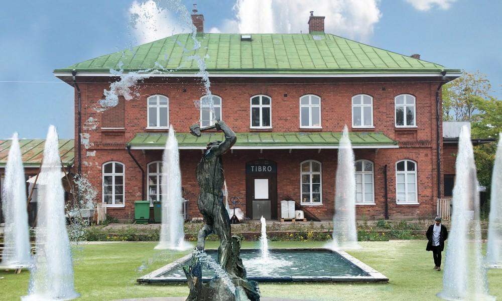 Tibro fountain square